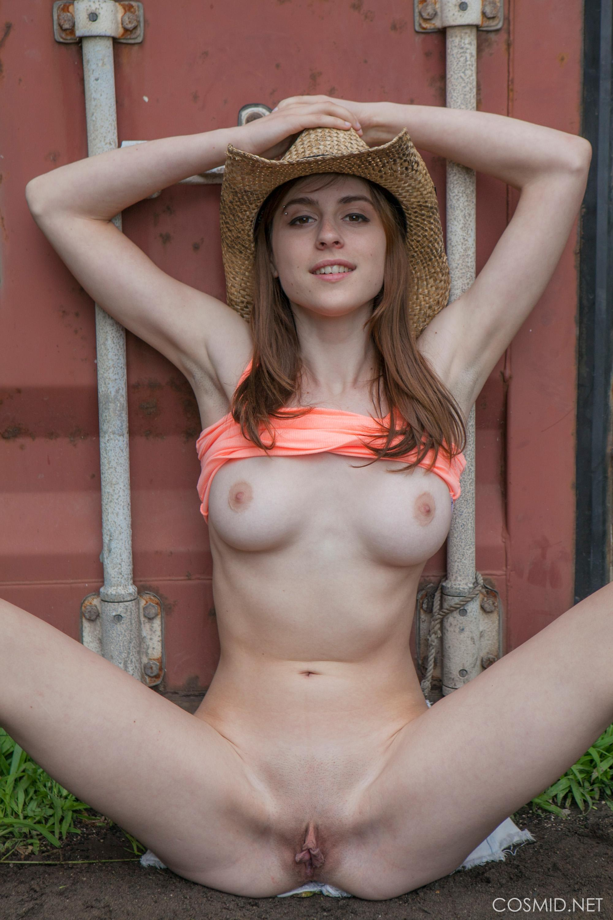 Sexy Country Nudes