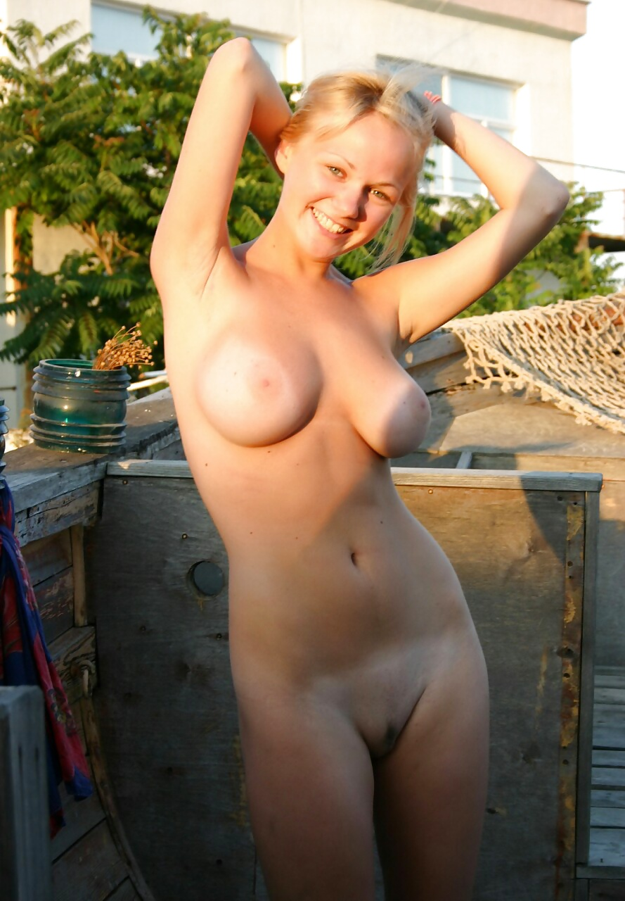 Sexy Naked Snaps