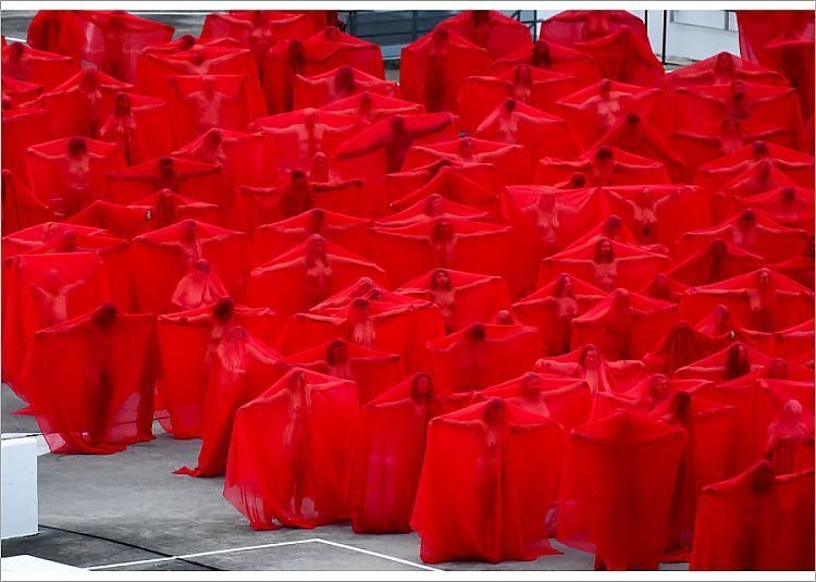 Spencer Tunick Nude Pictues
