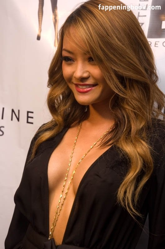 Tila Tequila Nude Modelling Page