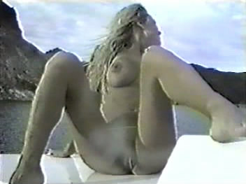 Tommy Lee Nude Photos