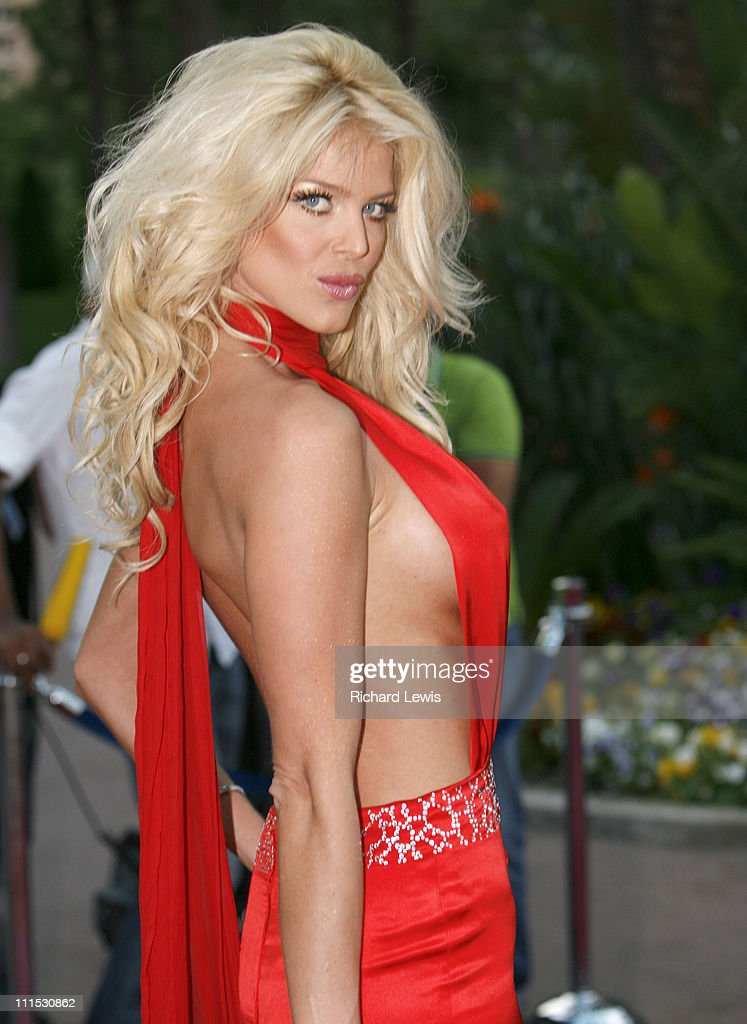 Victoria Silvstedt Free Nude Clip