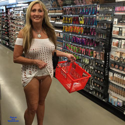 Wal- mart Nude Photo Contest