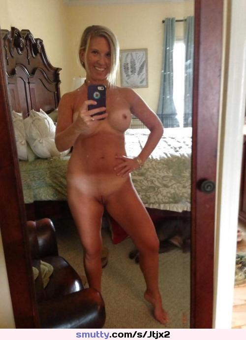 Wife Naked Free