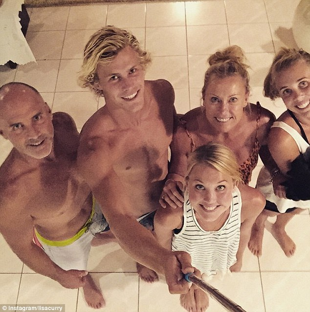 Wives Naked Family Photos