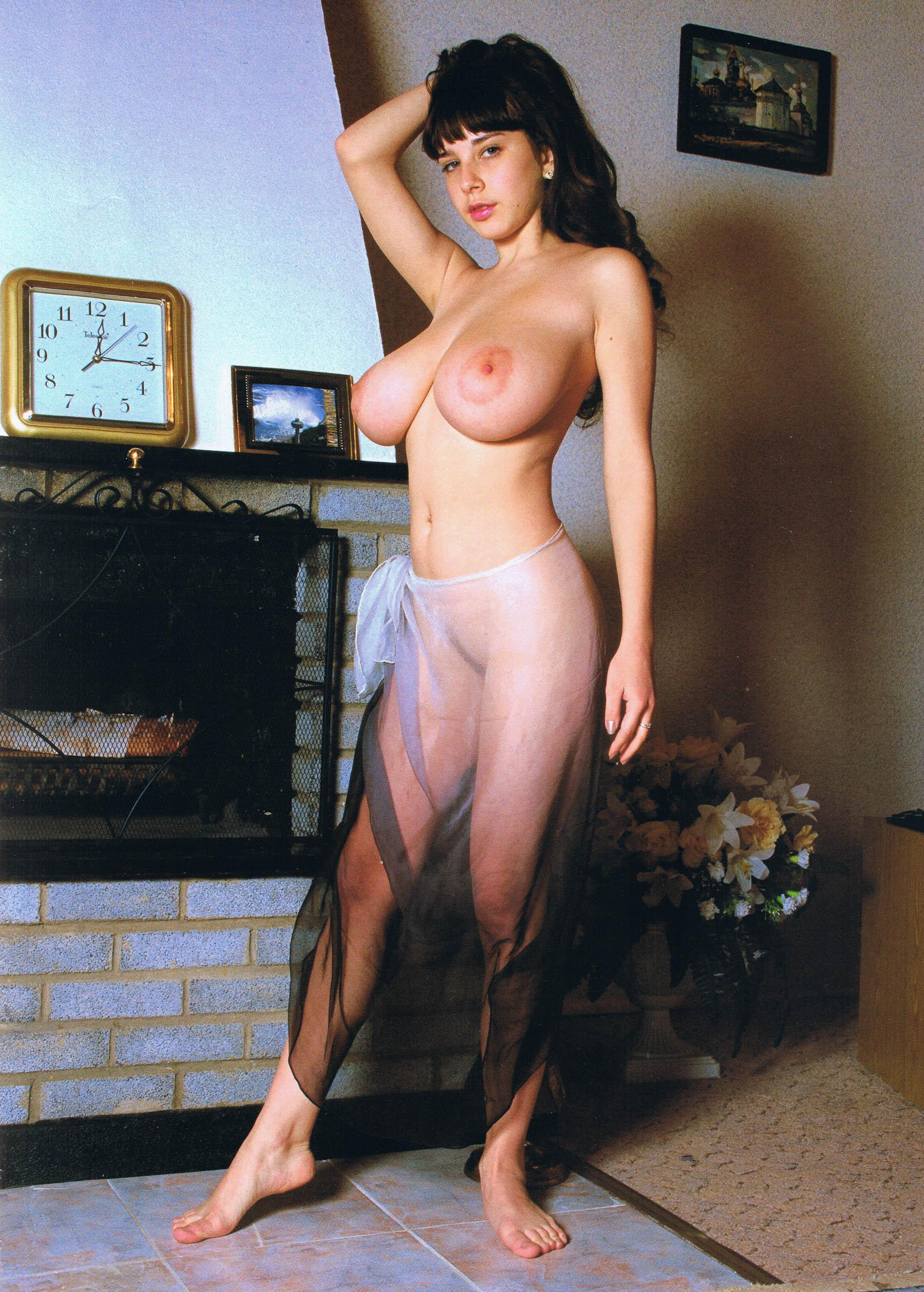 Yulia Nude Pictures